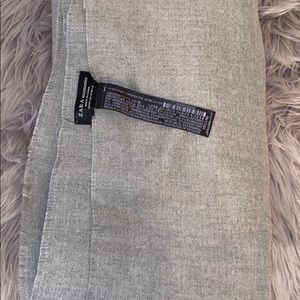 Zara- 70x50 grey blanket scarf 🧣
